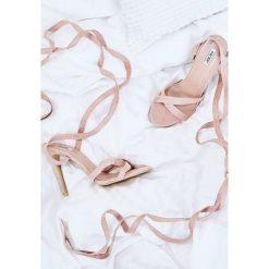 Różowe Sandały Rockabye. Czerwone sandały damskie marki vices, na wysokim obcasie. Za 69,99 zł.