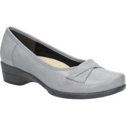 Szare półbuty skórzane ażurowe na koturnie Góral 1051. Szare buty ślubne damskie marki Góral, w ażurowe wzory, na koturnie. Za 189,99 zł.
