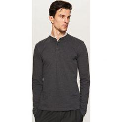 T-shirty męskie: Gładki t-shirt z długim rękawem – Czarny