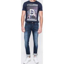 Trussardi Jeans - Jeansy. Niebieskie rurki męskie marki Trussardi Jeans, z bawełny. W wyprzedaży za 399,90 zł.