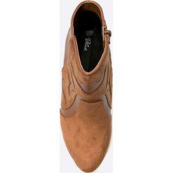 Blink - Botki. Czarne buty zimowe damskie marki Kazar, z nubiku, na wysokim obcasie, na szpilce. W wyprzedaży za 69,90 zł.