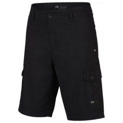 Oakley Spodenki Foundation Cargo Blackout 38. Czarne spodenki sportowe męskie marki Oakley, z bawełny, sportowe. W wyprzedaży za 179,00 zł.