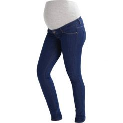 MAMALICIOUS MLJULIA  Jeansy Slim Fit med blue denim. Niebieskie jeansy damskie MAMALICIOUS. W wyprzedaży za 135,20 zł.