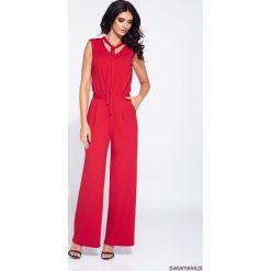 Czerwony kombinezon damski z szerokimi nogawkami. Czerwone kombinezony eleganckie Pakamera, na ramiączkach. Za 149,00 zł.