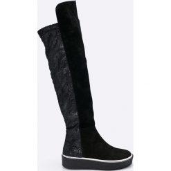 Hego's - Kozaki. Czarne buty zimowe damskie marki Kazar, ze skóry, na wysokim obcasie, na obcasie. W wyprzedaży za 379,90 zł.
