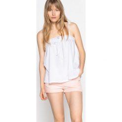 Bluzki asymetryczne: Szeroka bluzka na cienkich ramiączkach z falbanką na piersi