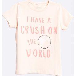 Name it - Top dziecięcy 110-164 cm. Szare bluzki dziewczęce marki Name it, z nadrukiem, z bawełny, z okrągłym kołnierzem. W wyprzedaży za 29,90 zł.