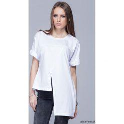 Asymetryczna unikatowa koszulka-biała H014. Białe t-shirty damskie Pakamera, z bawełny, z asymetrycznym kołnierzem. Za 124,00 zł.