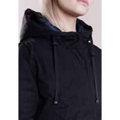 Parki damskie: CLOSED COVE Parka black