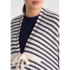 Poncza: mint&berry mom Ponczo navy blazer