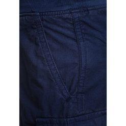 Polo Ralph Lauren UTILITY BOTTOMS Bojówki newport navy. Niebieskie jeansy chłopięce Polo Ralph Lauren. Za 269,00 zł.