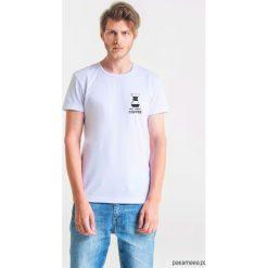 CHEMEX LOVE Męski T-shirt. Szare t-shirty męskie Pakamera, m, z bawełny, z klasycznym kołnierzykiem. Za 99,00 zł.