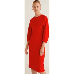 Mango - Sukienka Star. Czerwone sukienki na komunię marki Mango, na co dzień, l, z elastanu, casualowe, z okrągłym kołnierzem, midi, dopasowane. Za 229,90 zł.