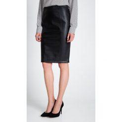 Spódniczki: Czarna ołówkowa spódnica  QUIOSQUE