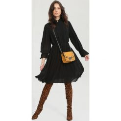 Czarna Sukienka Bottom Line. Czarne sukienki other, uniwersalny, midi. Za 119,99 zł.