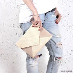 Torebki i plecaki damskie: Kopertówka Letter Medium Monocolor