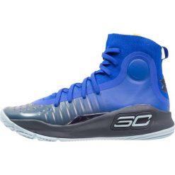 Under Armour CURRY 4 MID Obuwie do koszykówki team royal. Niebieskie buty sportowe chłopięce marki Under Armour, z materiału. Za 459,00 zł.