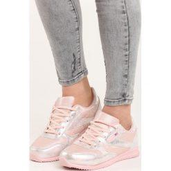 Różowe Buty Sportowe Silver Dust. Czerwone buty sportowe damskie marki KALENJI, z gumy. Za 89,99 zł.