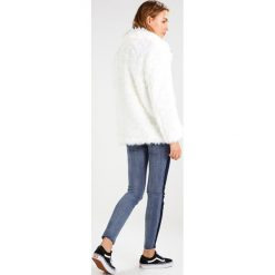 Ivyrevel TOXIC Płaszcz zimowy white. Białe płaszcze damskie pastelowe Ivyrevel, na zimę, z materiału. W wyprzedaży za 345,95 zł.