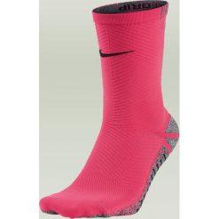 Skarpetogetry piłkarskie: Nike Skarpety piłkarskie Nike Grip Strike Light Crew kolor różowy 41-43 (SX5486 617)