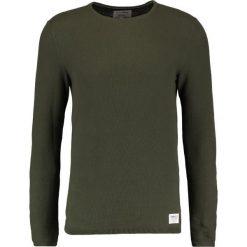 Swetry klasyczne męskie: TOM TAILOR DENIM STRUCTURED CREWNECK Sweter woodland green