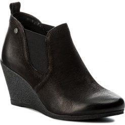 Botki LASOCKI - WI23-LIDIA-01 Czarny. Czarne buty zimowe damskie Lasocki, z nubiku, na obcasie. Za 179,99 zł.
