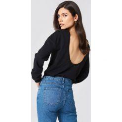 NA-KD Basic Sweter z głębokim dekoltem z tyłu - Black. Różowe swetry klasyczne damskie marki NA-KD Basic, z bawełny. Za 80,95 zł.