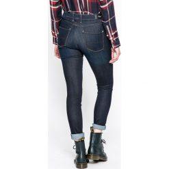 Pepe Jeans - Jeansy Regent. Niebieskie jeansy damskie rurki marki Pepe Jeans, z aplikacjami, z bawełny, z podwyższonym stanem. W wyprzedaży za 239,90 zł.