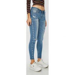 Tally Weijl - Jeansy Zoe. Niebieskie jeansy damskie TALLY WEIJL, z bawełny, z obniżonym stanem. Za 169,90 zł.