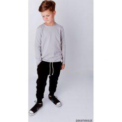 Longsleeve - Szary. Szare t-shirty chłopięce z długim rękawem Pakamera, z bawełny. Za 89,00 zł.