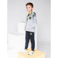 Bluzy chłopięce rozpinane: BLUZA DZIECIĘCA ROZPINANA Z KAPTUREM KB022 - SZARA