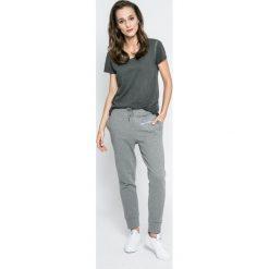 Calvin Klein Jeans - Spodnie. Szare jeansy damskie Calvin Klein Jeans. W wyprzedaży za 279,90 zł.