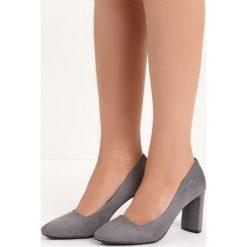 Szare Czółenka Forever You. Szare buty ślubne damskie Born2be, na wysokim obcasie, na słupku. Za 69,99 zł.
