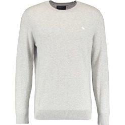 Swetry klasyczne męskie: Abercrombie & Fitch FINE GAUGE CREW  Sweter heather grey