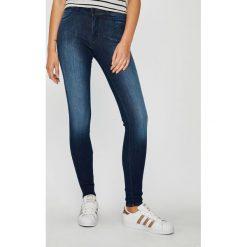 Wrangler - Jeansy Soft Breeze. Niebieskie jeansy damskie rurki Wrangler, z bawełny. Za 349,90 zł.