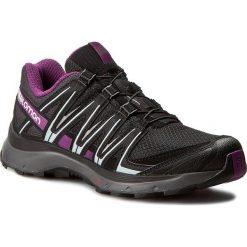 Buty SALOMON - Xa Lite W 394655 20 V0 Black/Magnet/Grape Juice. Szare buty do biegania damskie marki Salomon, z gore-texu, na sznurówki, gore-tex. W wyprzedaży za 319,00 zł.