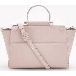 Torebka z okrągłym uchwytem - Różowy. Czerwone torebki klasyczne damskie Reserved. Za 149,99 zł.