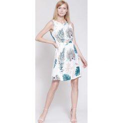 Sukienki hiszpanki: Biała Sukienka Fine For Me