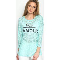 Miętowa Bluzka Number Of Love. Zielone bluzki longsleeves Born2be, l, z napisami, z okrągłym kołnierzem. Za 29,99 zł.