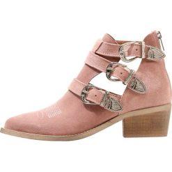 Botki damskie lity: Pavement CARINA CUT Ankle boot rosa