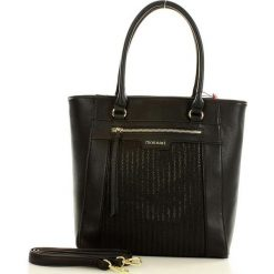 MONNARI Miejska torebka shopper bag czarny. Czarne shopper bag damskie marki Monnari, w paski, ze skóry ekologicznej, na ramię. Za 179,00 zł.