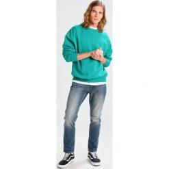 Denham RAZOR Jeansy Slim Fit blue denim. Niebieskie jeansy męskie relaxed fit Denham, z bawełny. Za 549,00 zł.
