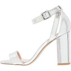 Sandały damskie: New Look STRIKES Sandały na obcasie silver