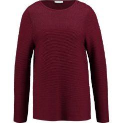 Sweter w kolorze bordowym. Czerwone swetry oversize damskie Gerry Weber, z bawełny. W wyprzedaży za 129,95 zł.