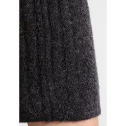 Sukienki dzianinowe: Freequent SABI Sukienka dzianinowa charcoal melange