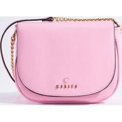 Torebki i plecaki damskie: Mała torebka na łańcuszku – Różowy