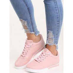 Różowe Buty Sportowe Seems to Change. Czerwone buty sportowe damskie marki KALENJI, z gumy. Za 69,99 zł.