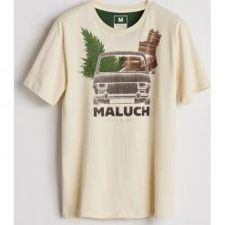 Bawełniany T-shirt z nadrukiem - Kremowy. Białe t-shirty męskie z nadrukiem Reserved, l, z bawełny. Za 39,99 zł.