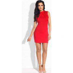 Sukienki: Elegancka sukienka ze stylowymi paskami czerwony