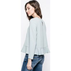 Review - Bluzka. Szare bluzki z odkrytymi ramionami marki Review, l, z tkaniny, z okrągłym kołnierzem. W wyprzedaży za 69,90 zł.